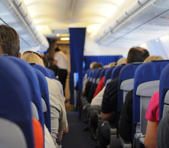 FCC says no to in-flight calls from wireless phones